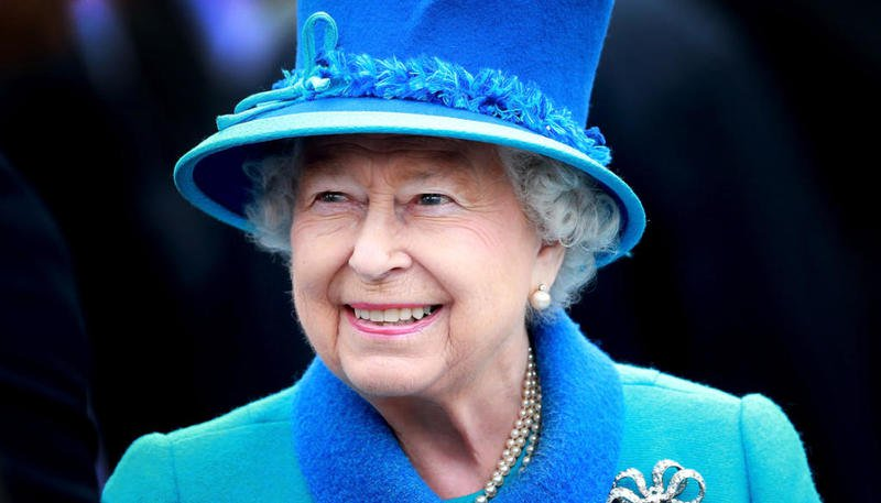 ملكة-بريطانيا