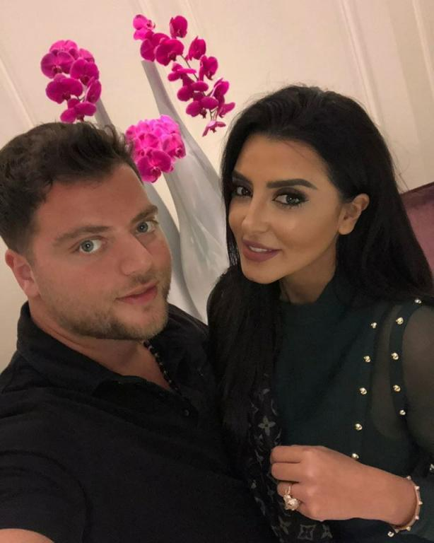عامر مع ملكة جمال المغرب