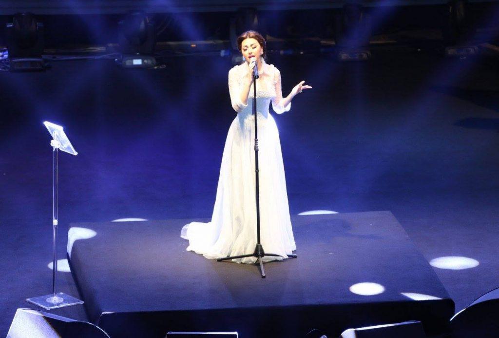 ميريام-تغني