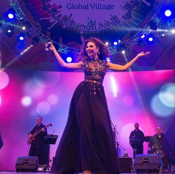 ميريام فارس في القرية العالمية