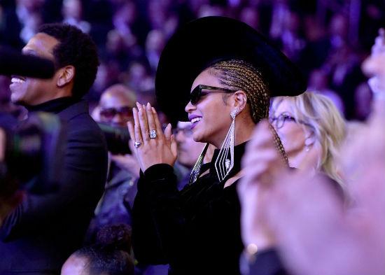 Beyonce-Hair-Makeup-Grammys-2018