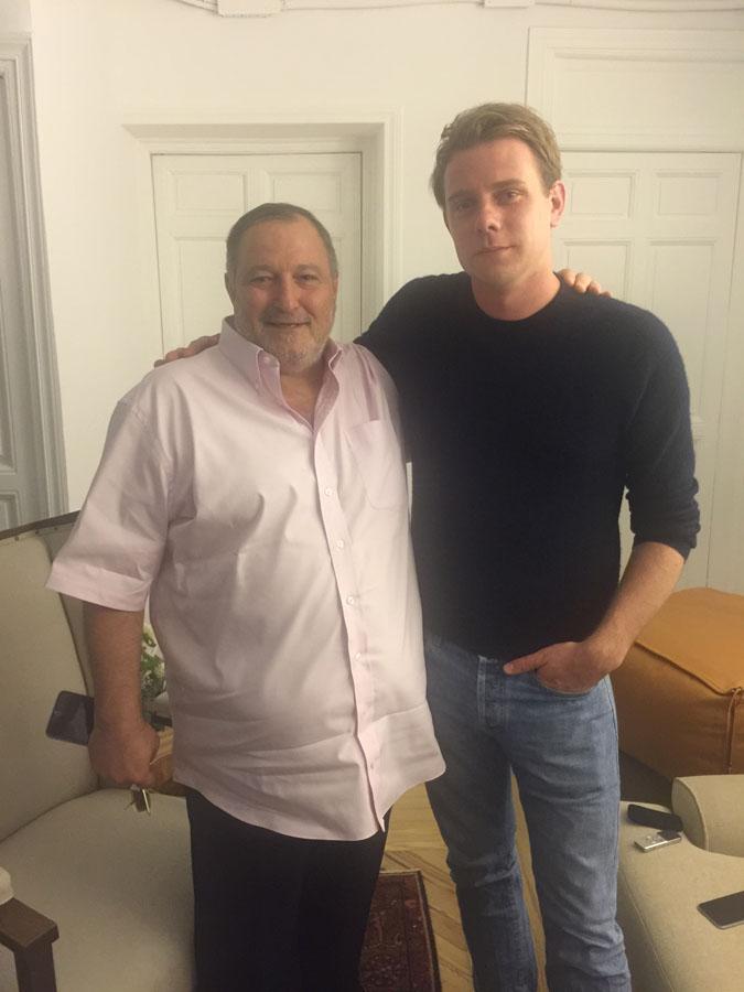 عدنان الكاتب مع جوناثان ويليام أندرسون