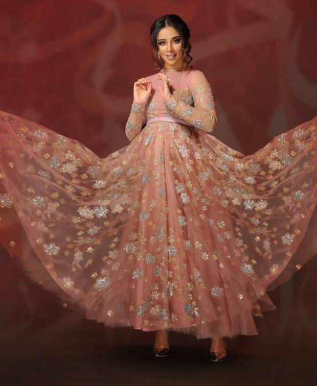 فستان بلقيس فتحي الوردي