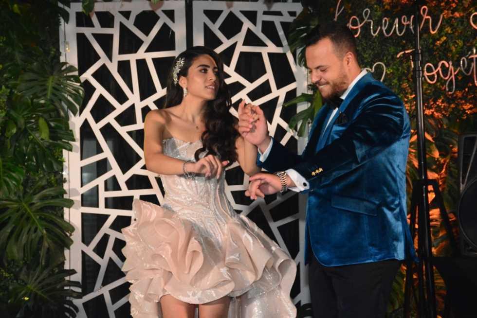 رقص-العروسين