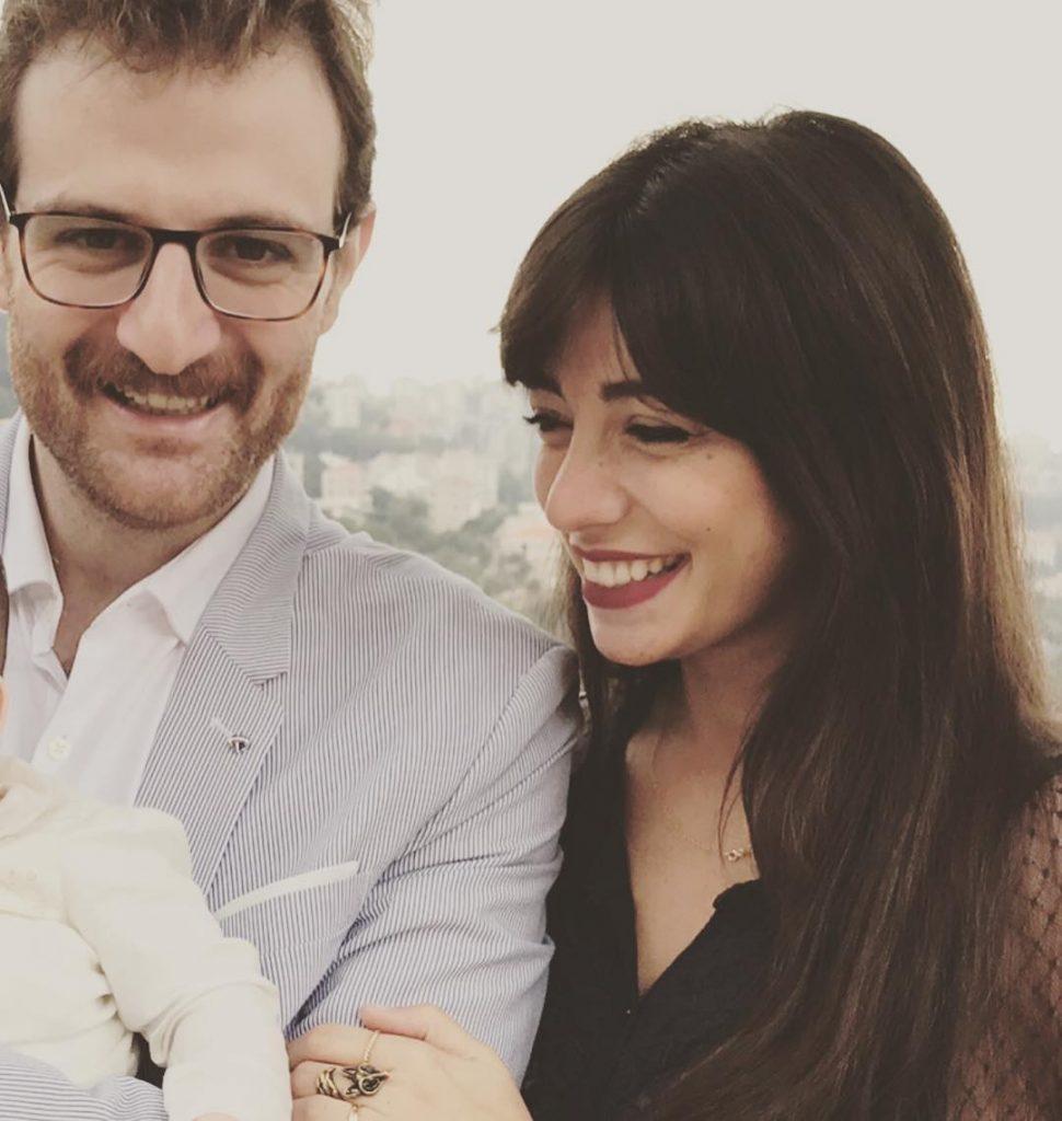 سرينا-وزوجها-مع-ابنهم