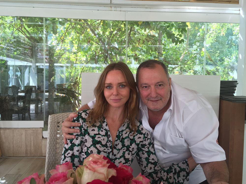 ستيلا مكارتني  مع عدنان الكاتب