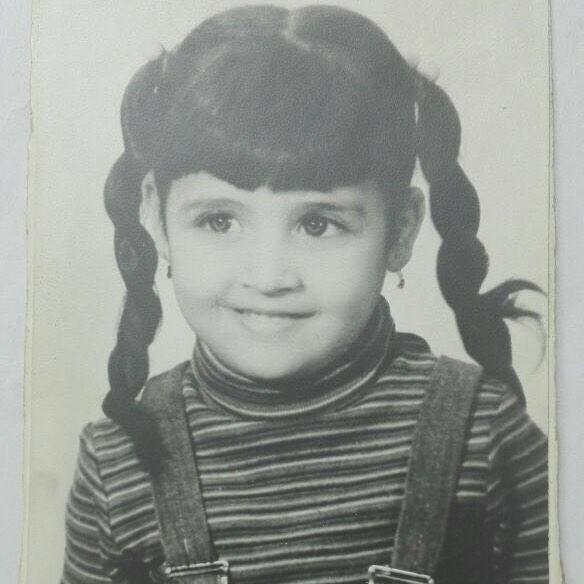 حنان-وهي-طفلة
