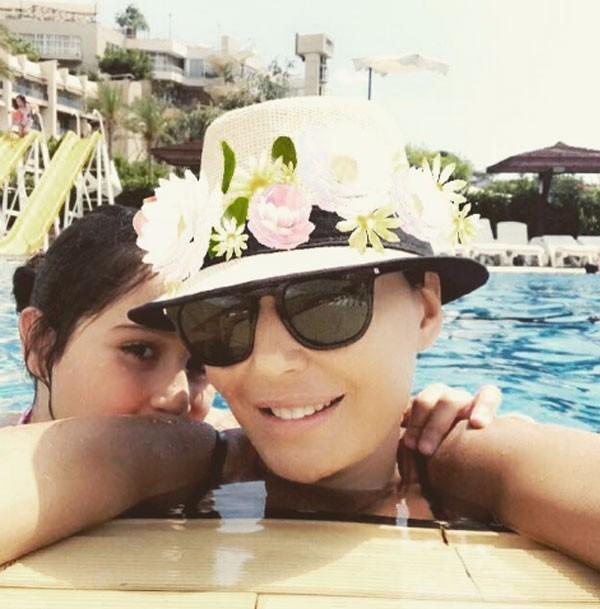 سيرين-مع-ابنتها