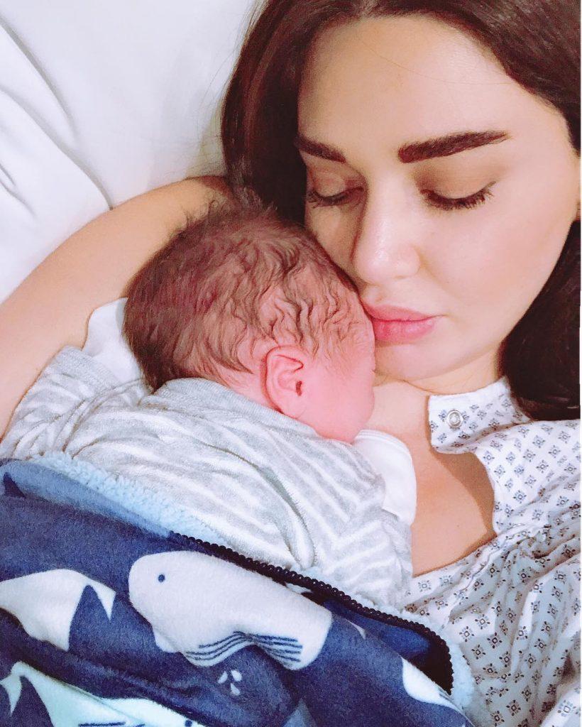 سيرين-مع-طفلها-الثاني-كريستيانو