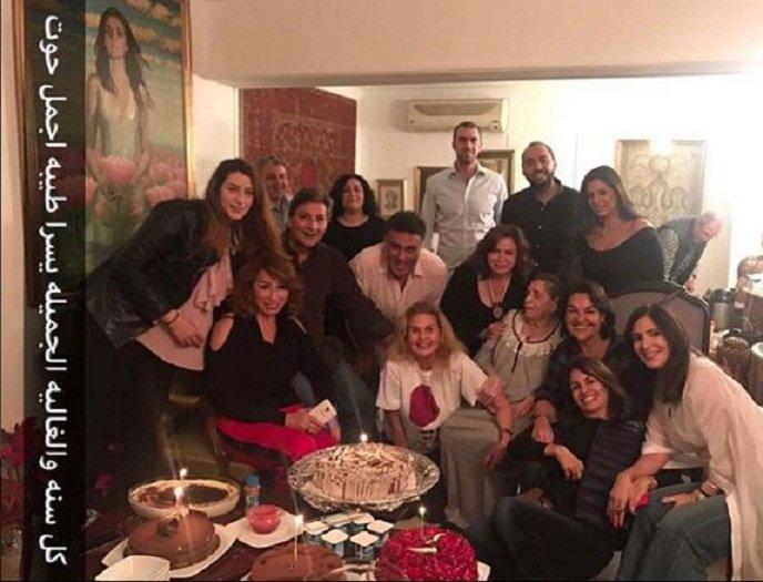 الفنانة يسرا تحتفل بعيد ميلادها