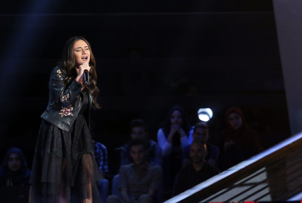 MBC1 & MBC MASR The Voice S4- Battles 1- Assi's team- Winner Maryse Ferzli