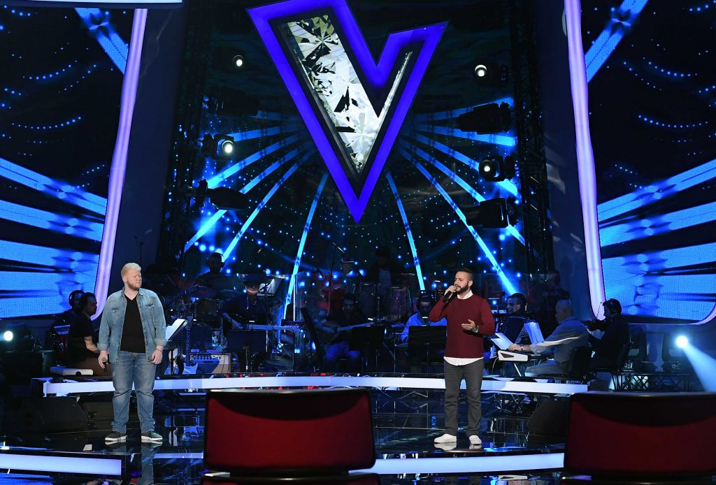 MBC1 & MBC MASR The Voice S4- Battles 1- Hamaki's team- Ahmed El Hafez vs Issam Sarhan (1)