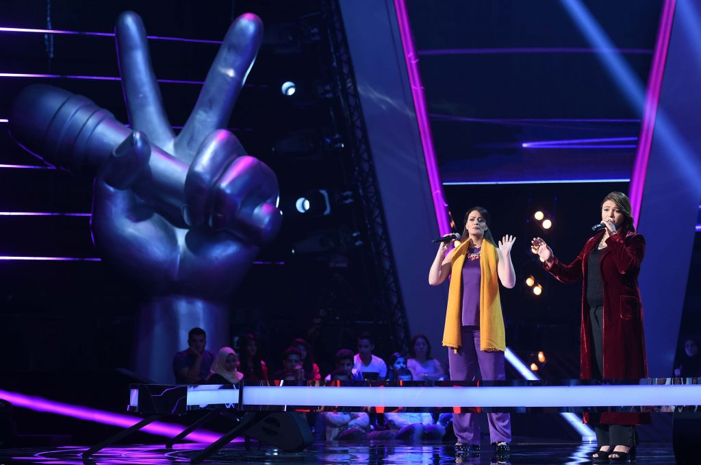 MBC1 & MBC MASR The Voice S4- Battles 1- Hamaki's team- Shaymaa AbdelAziz vs Hala Melki (2)