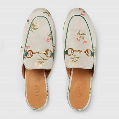 حذاء-مفتوح