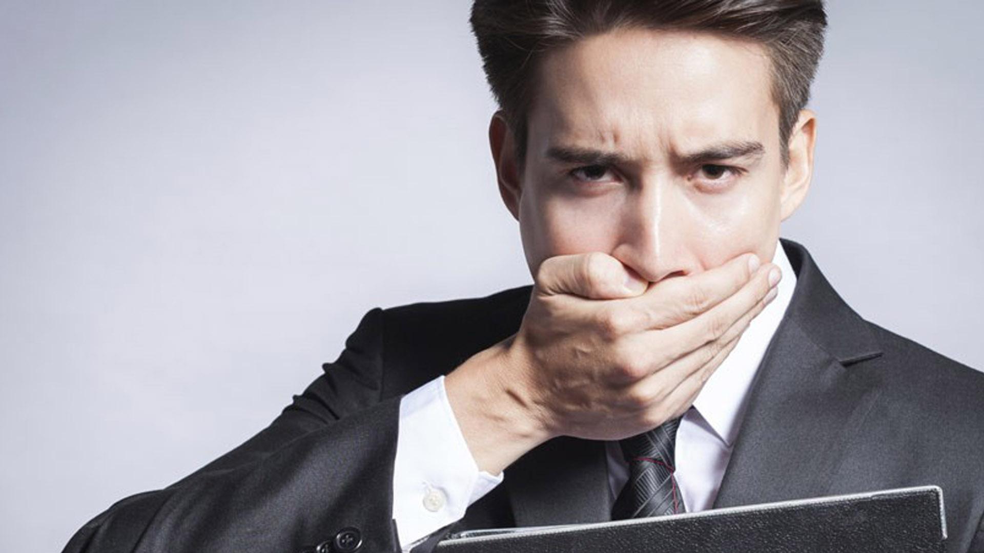 طرق التخلص من رائحة الفم الكريهة في رمضان