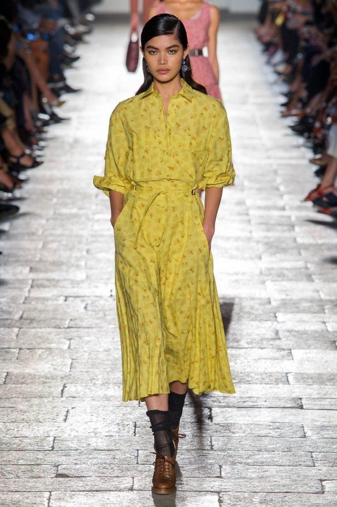 فستان-اصفر-من-Bottega-Veneta
