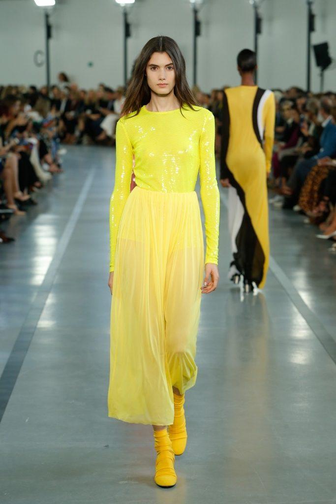 فستان-اصفر-من-Primavera-Estate