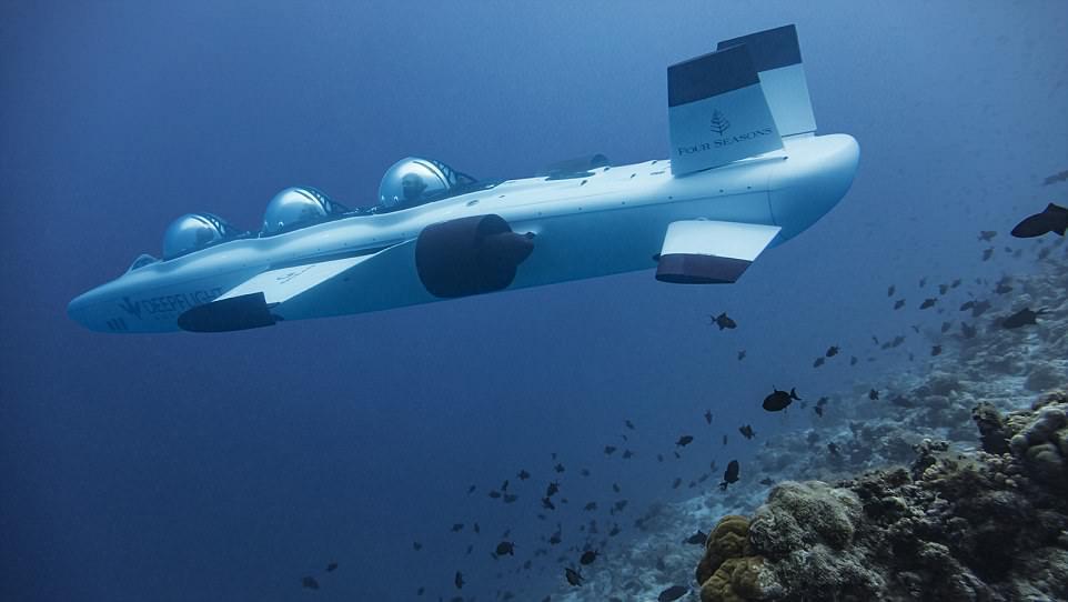 بالصور المالديف تقدم رحلات سياحية بـ الغواصة إلى أعماق البحر
