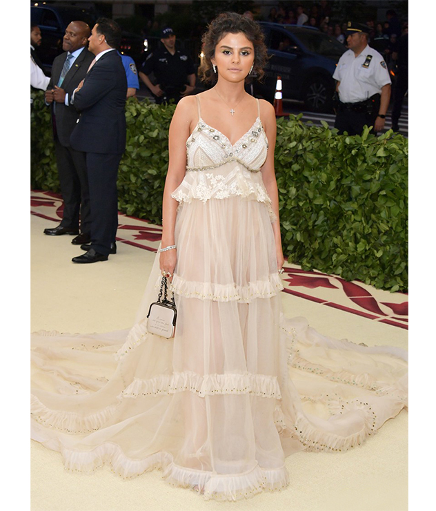 Selena Gomez wore Tiffany diamond and colored gemstone jewelry to the 2018 Met Gala.