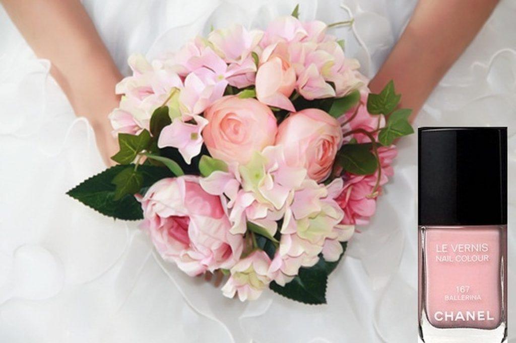 طريقة_تنسيق_المناكير_وباقة_الورد_للعروس