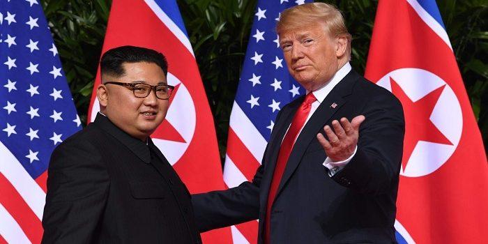 شاهدة ردة فعل رئيس كوريا الشمالية على نكتة أطلقها الرئيس الأمريكي