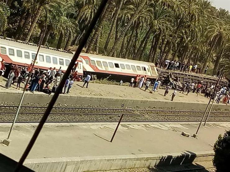 55 مصابا إثر انقلاب قطار البدرشين في الجيزة