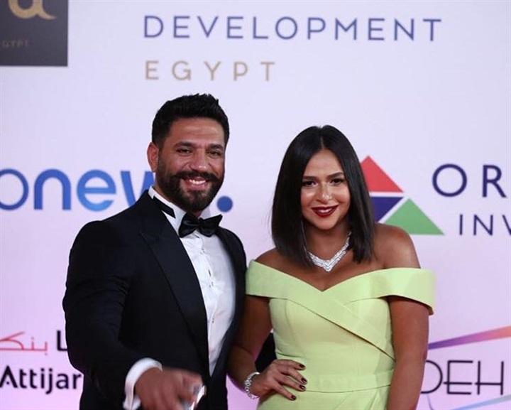 اطلالة-حسن-الرداد-برفقة-زوجته-ايمي-سمير-غانم