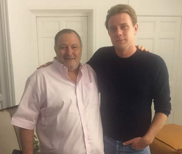 محاور المشاهير عدنان الكاتب يلتقي مصمم دار لويفي جوناثان ويليام أندرسون