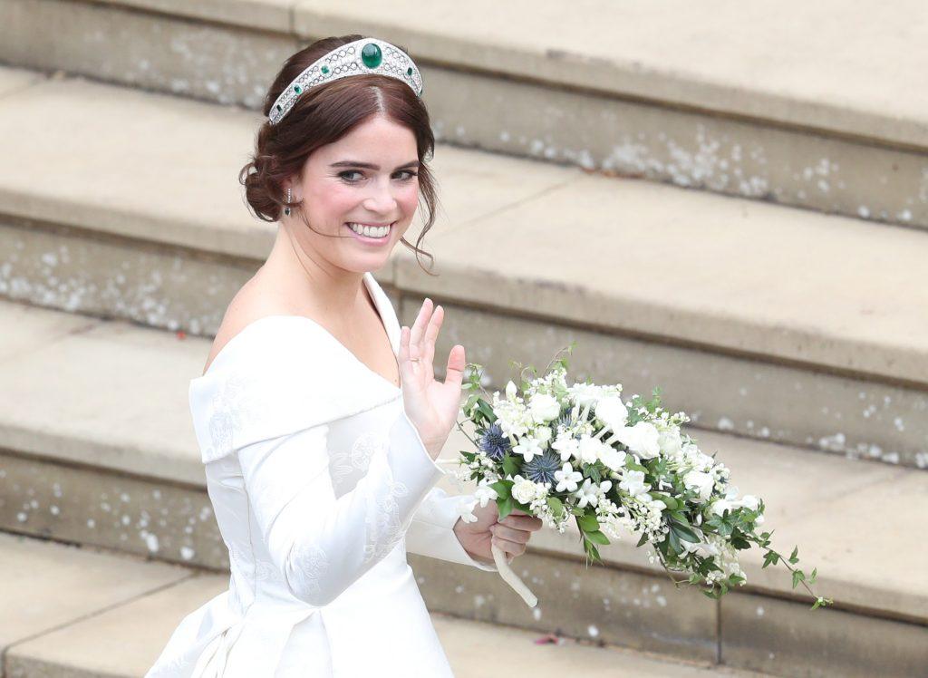 اطلالة-الأميرة-يوجينى-بالتاج-الماسي