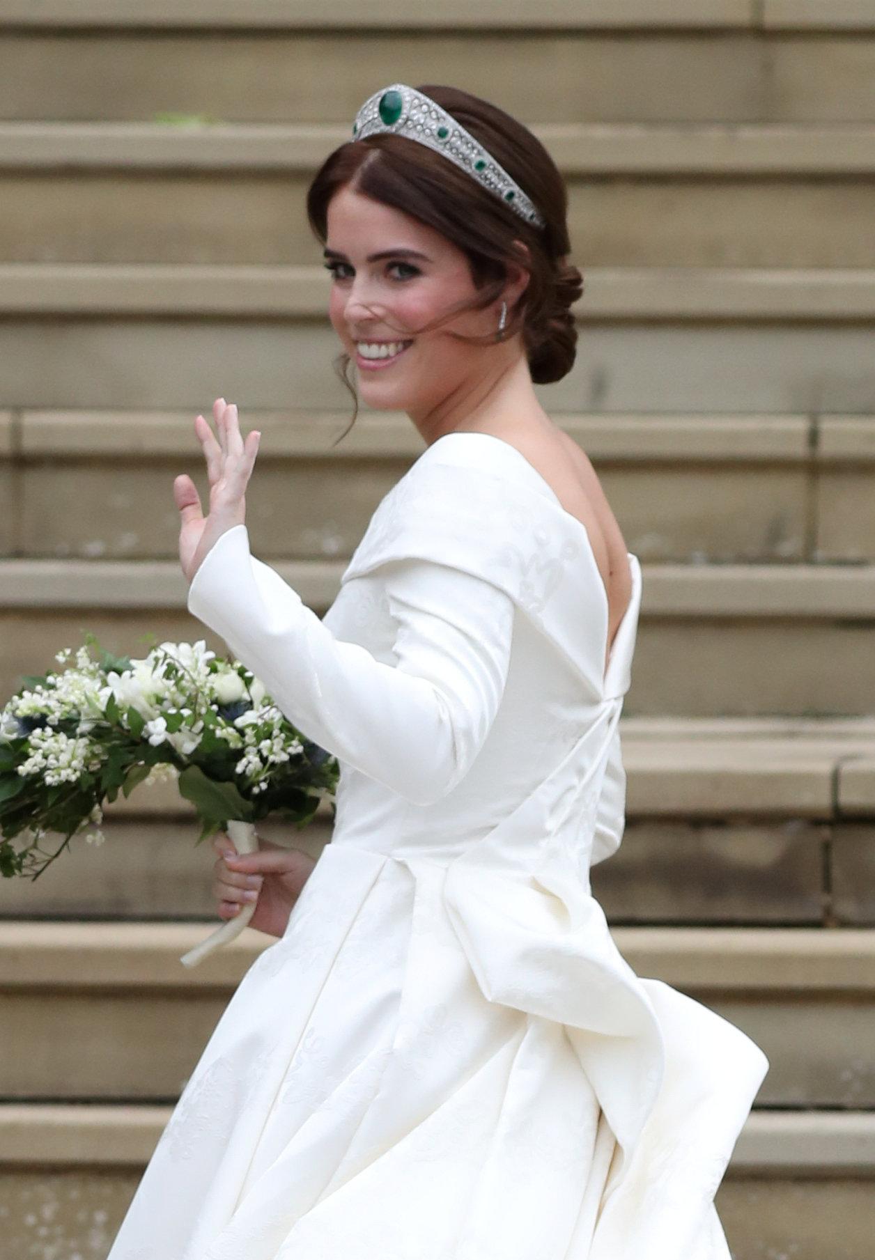 اطلالة الأميرة يوجينى بالتاج الماسي