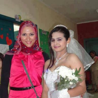 منة عرفه ترغب في الزواج المبكر