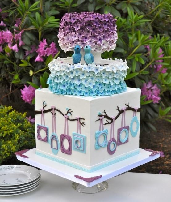 كعكة-زفاف-بالبنفسجي