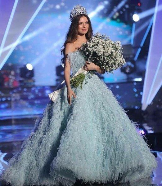 مايا-رعيدي-ملكة-جمال-لبنان-2018