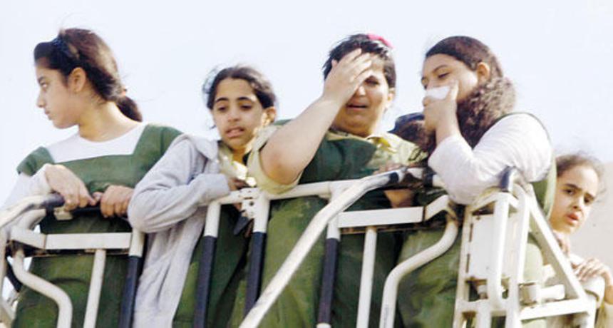 بالصور.. انفجار وحريق هائل في مدرسة بنات بمكة المكرمة
