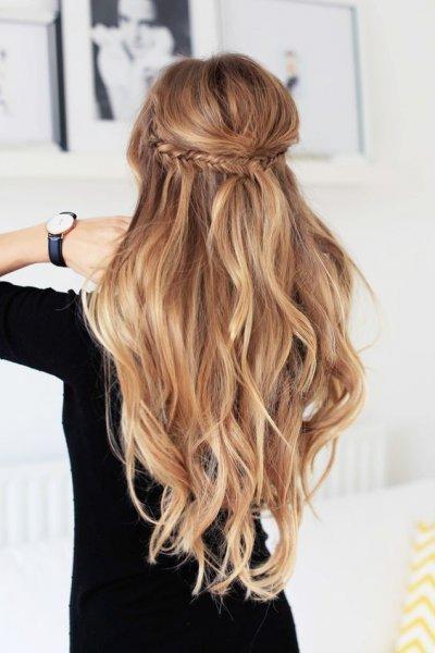 الشعر-المنسدل-مع-الضفيرة