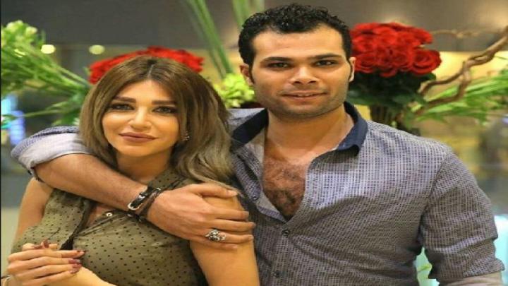 أحمد عبد الله محمود مع سارة نخلة