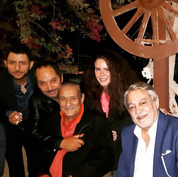 دنيا-عبد-العزيز-تنشر-صور-مع-فاروق-الفيشاوي-وبعض-الفنانين