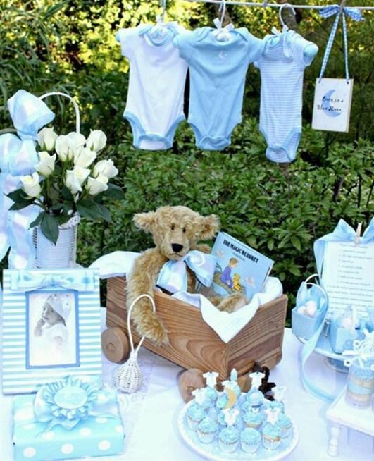 طاولة-استقبال-المولود-الصبي