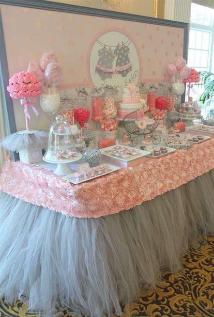 طاولة-استقبال-باللوان-الزهري-والرمادي