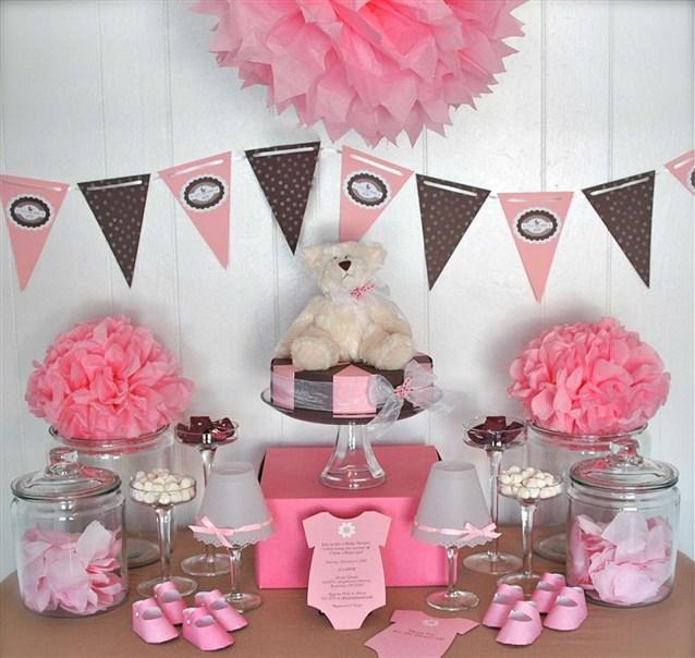 طاولة-استقبال-باللون-الوردي
