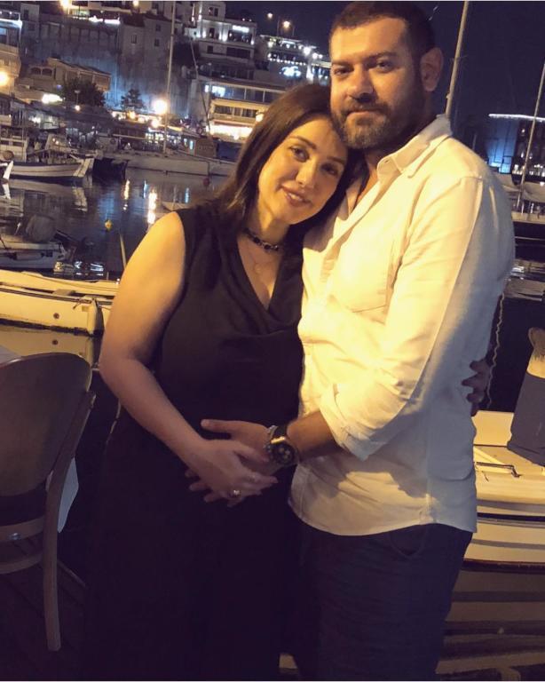 عمرو-يوسف-وكندة-علوش-خلال-فترة-الحمل