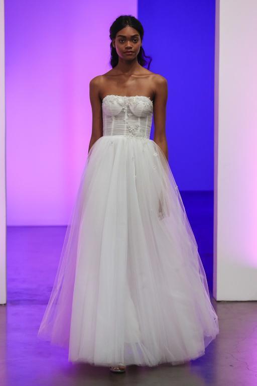 فستان-زفاف-كورسيه
