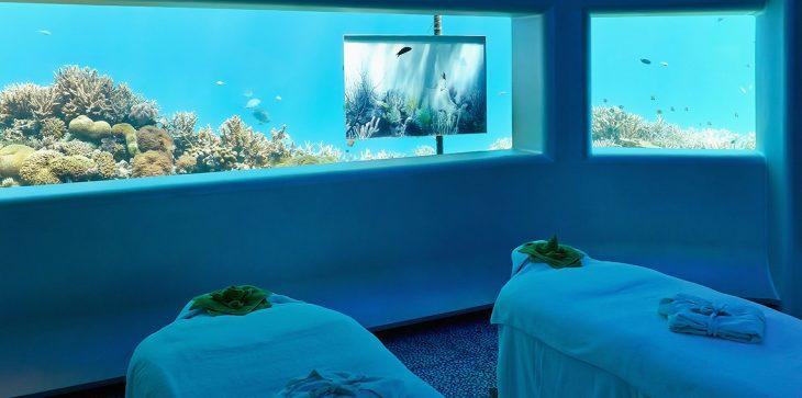 بالفيديو.. أول فندق فاخر من طابقين تحت الماء