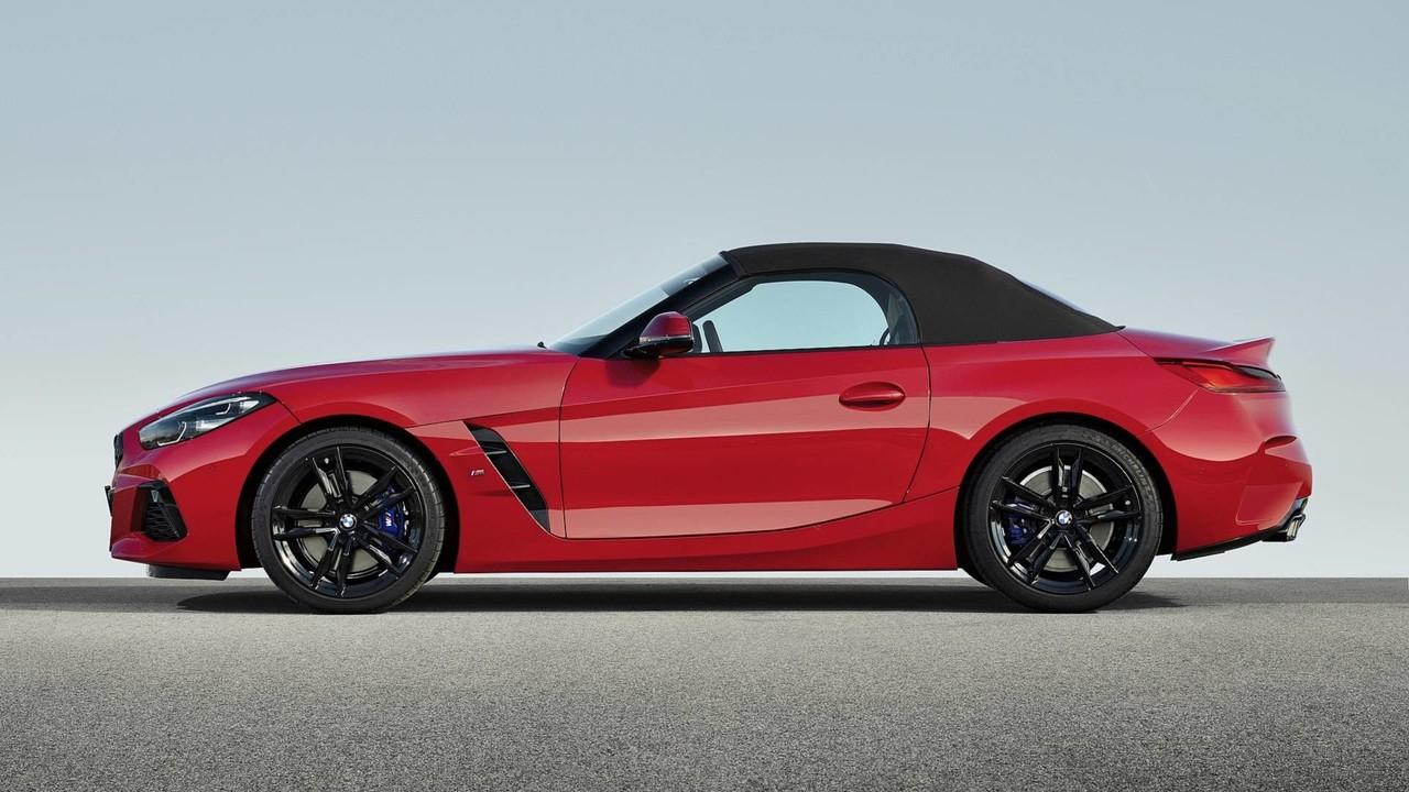 فيديو وصور بي إم دبليو تكشف عن النموذج الجديد من سيارة Z4