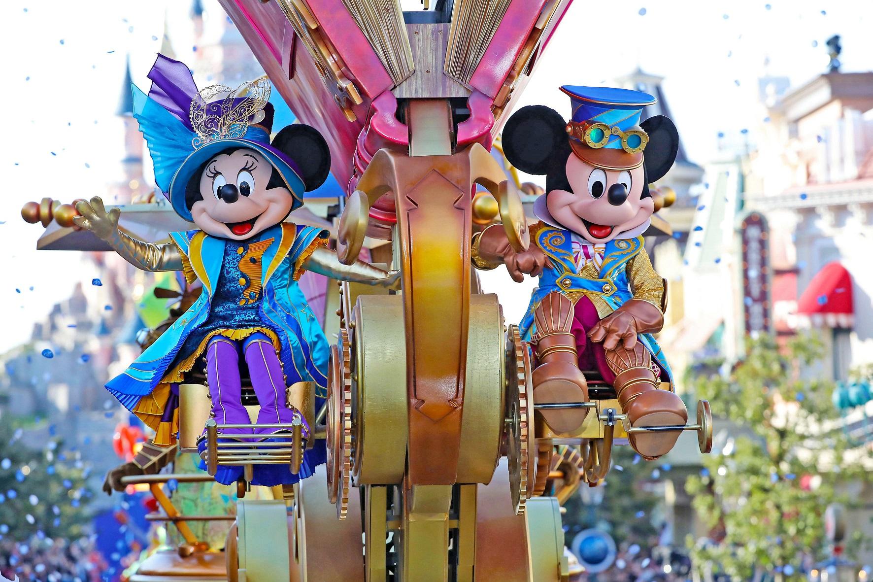 تحتفل OSN ببلوغ Mickey Mouse عامها التسعين