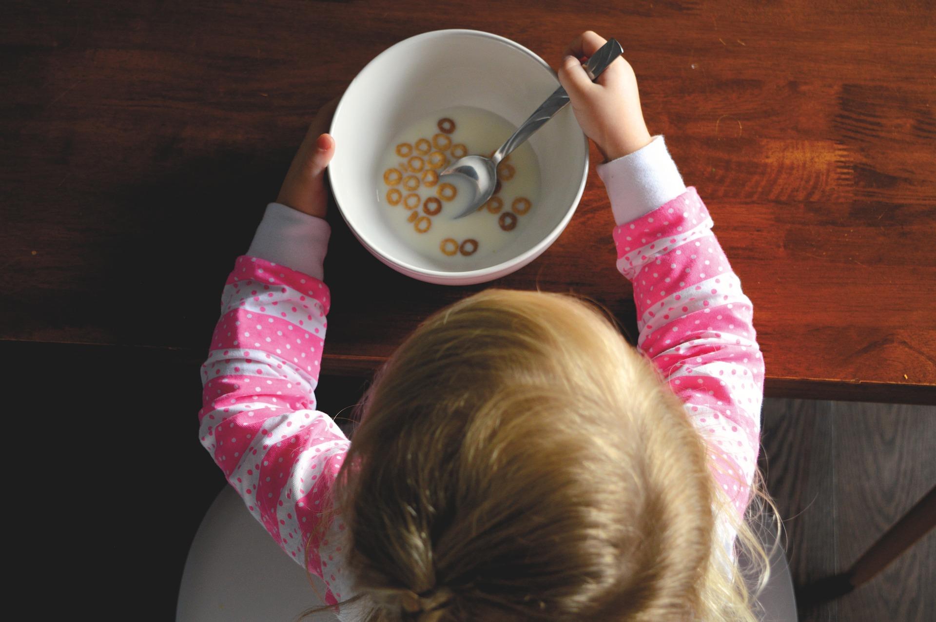 التعامل مع الاطفال في اختيار الطعام
