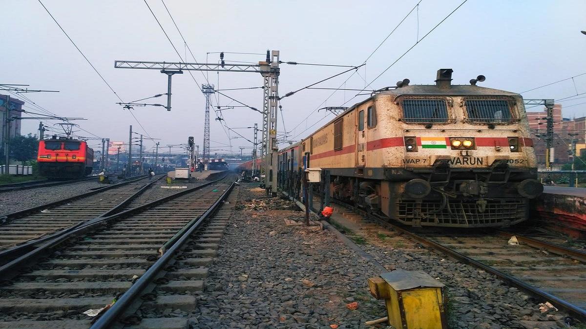 انتحار جماعي لأربعة أصدقاء بالقفز أمام قطار مسرع