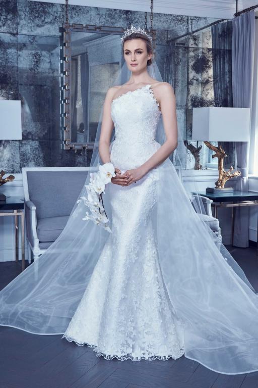 فساتين-زفاف-بتنورة-اضافية-من-رومونا-كيفيزا