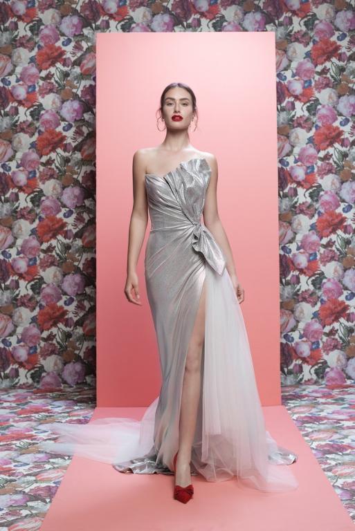 فستان-زفاف-فضي-من-جاليا-لاهاف