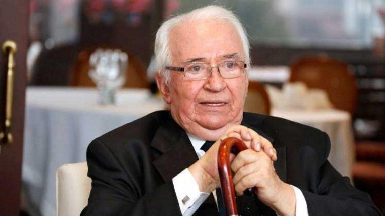 نائبة الرئيس الكولومبي تعلن وفاة رئيس البلاد السابق بالخطأ